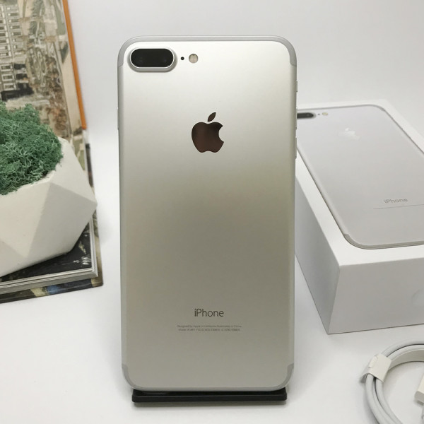 iPhone 7 Plus 128GB Silver Б/У (Нет Touch ID)