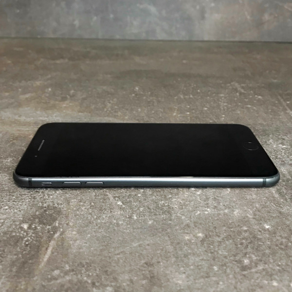iPhone 8 Plus 256Gb Space Gray Б/У