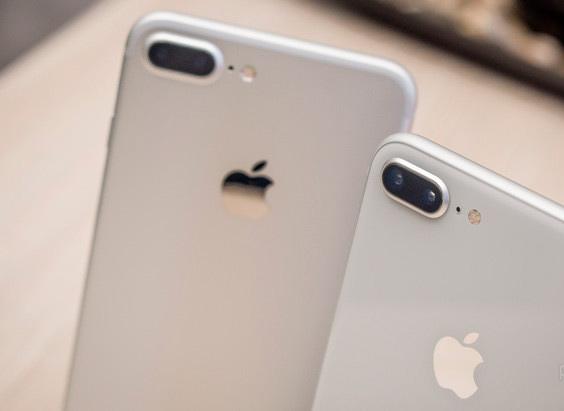 Сравнение или разница между iPhone 7 Plus и iPhone 8 Plus